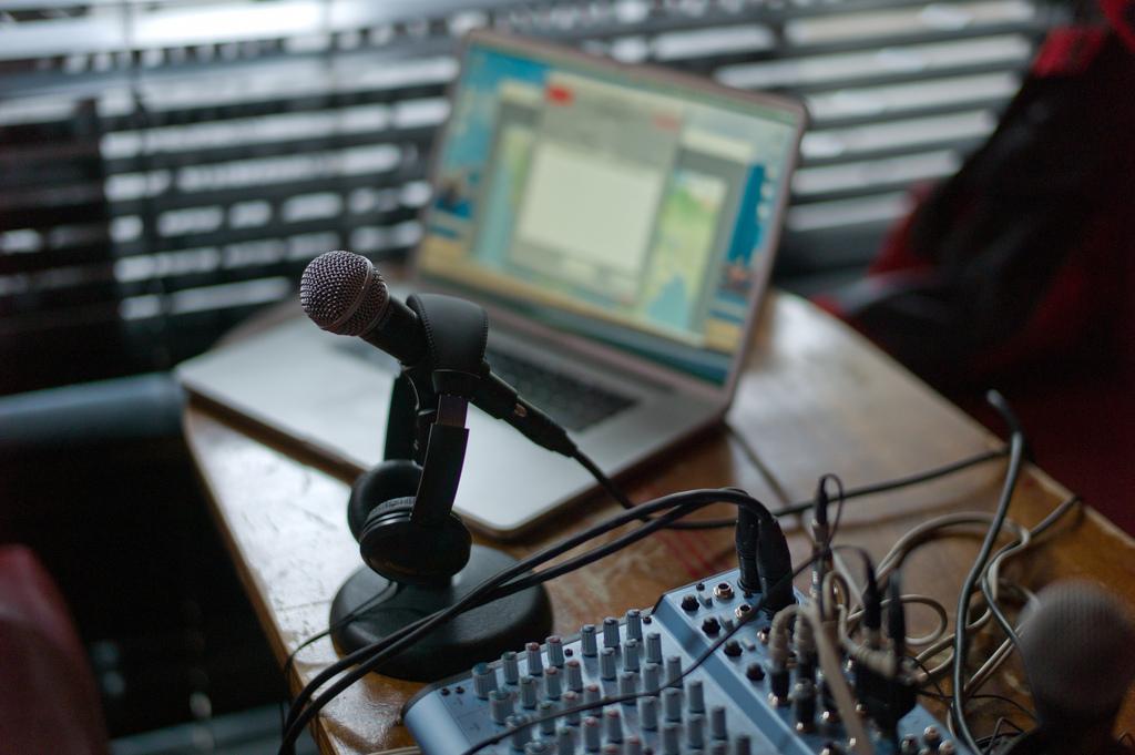 Mic-Mac-Mixer